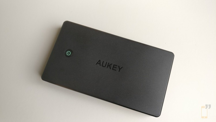 Aukey-Power-Bank-Review-1