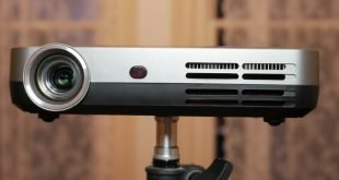 Optoma ML330 Review: Stay for the image, Ignore the smarts