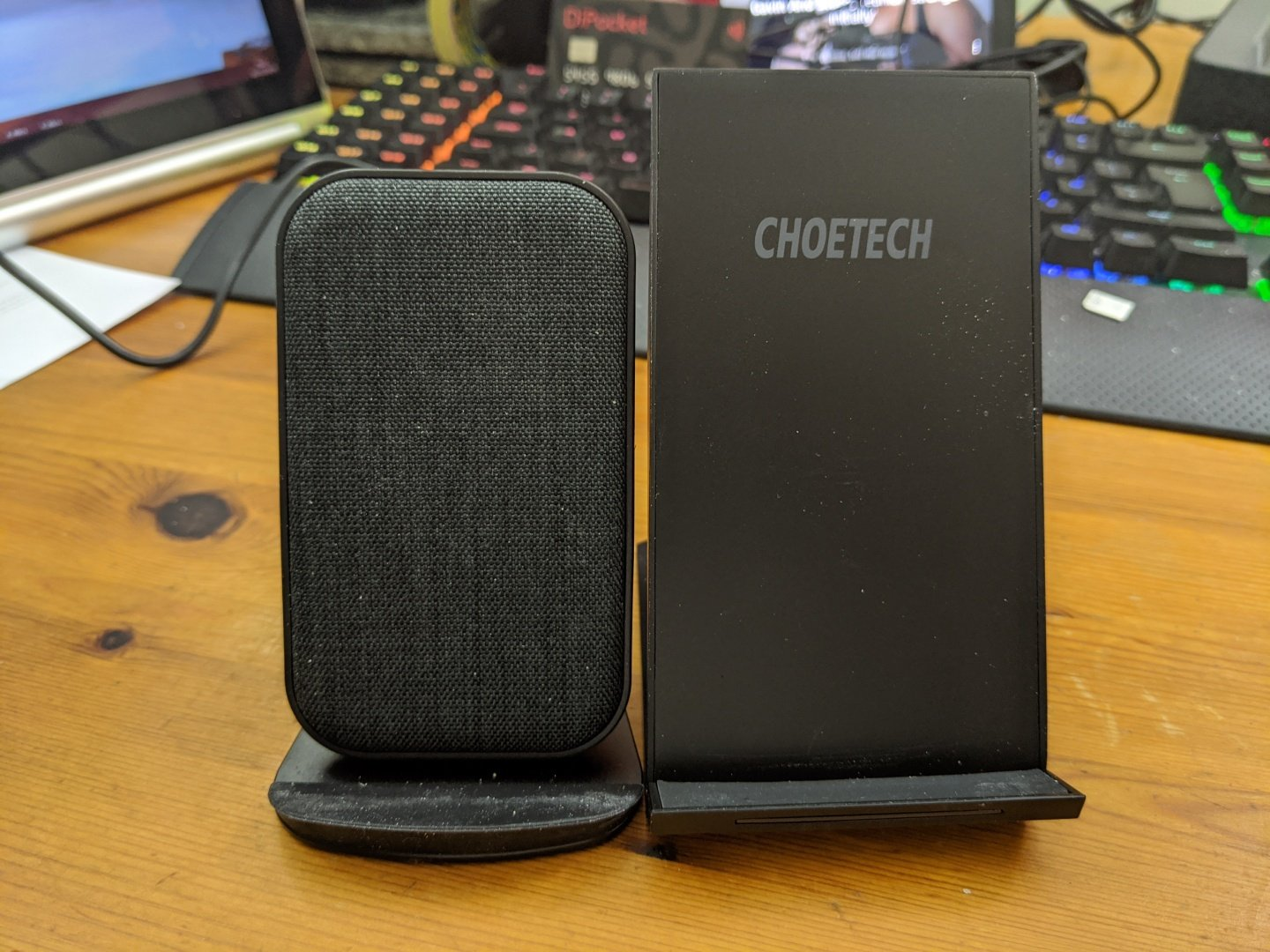 Lecone Fast Wireless Charger Review