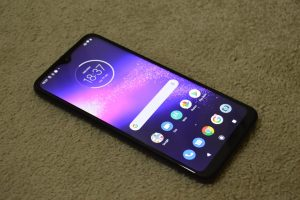 Motorola One Action Whole Display