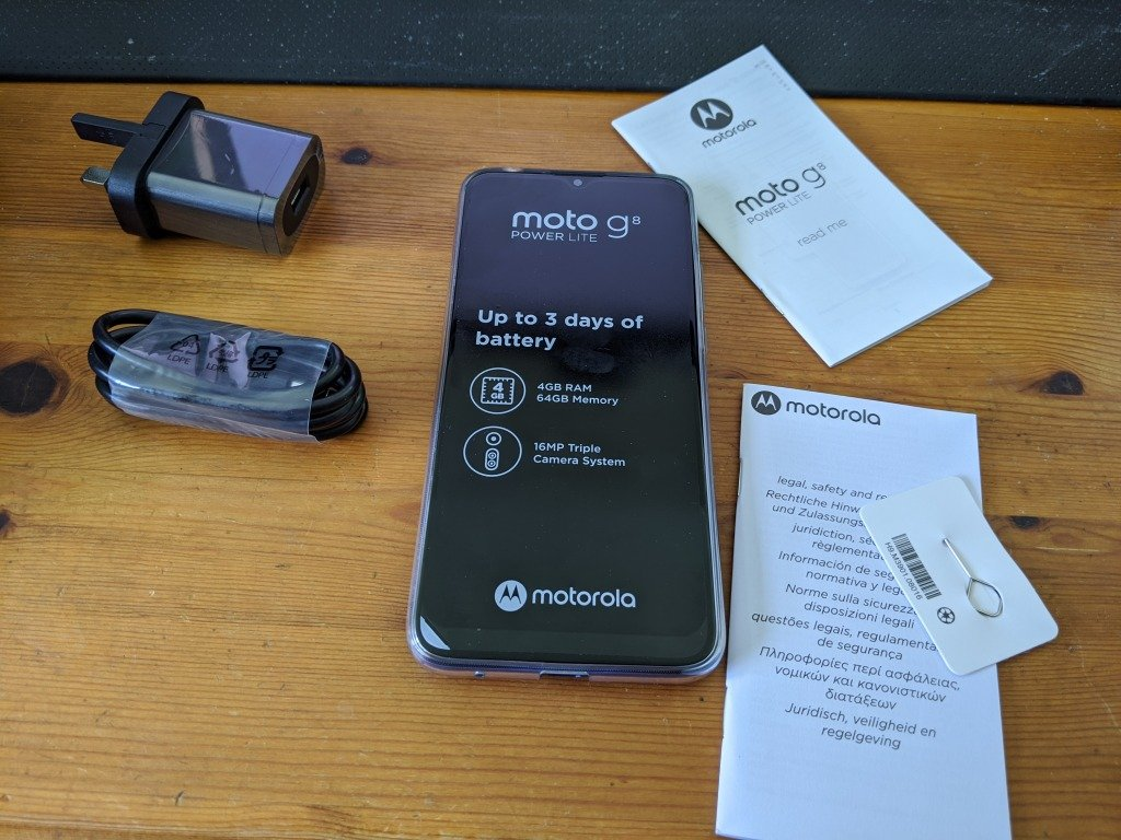 Moto G8 Power Lite Review