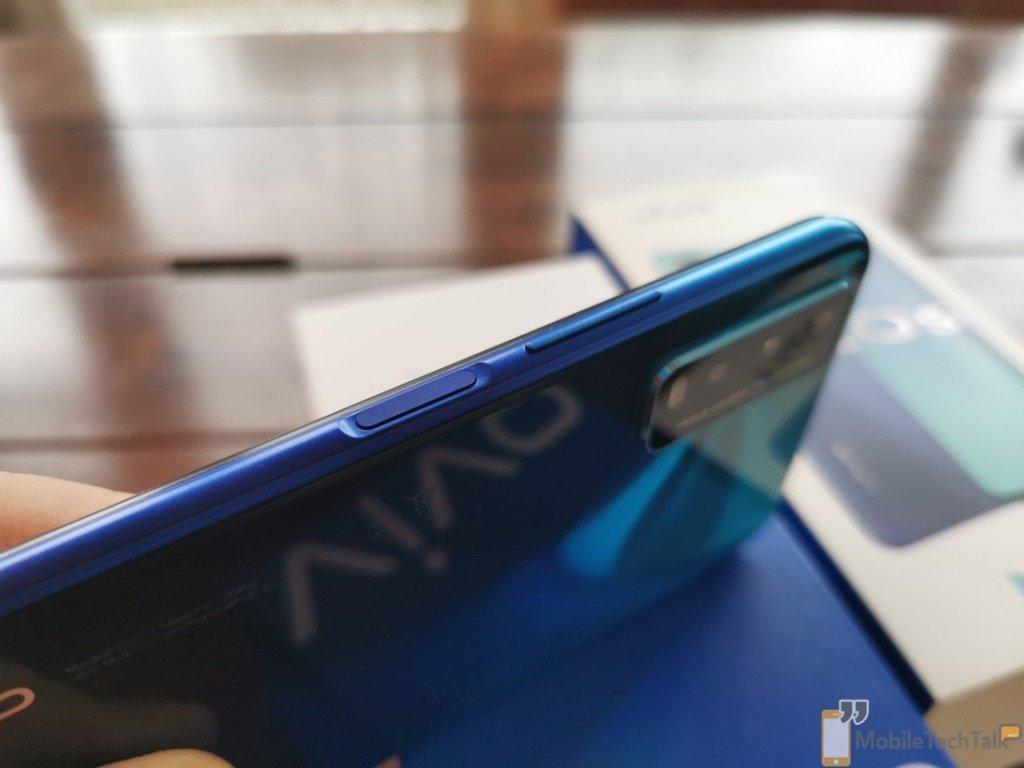 Fingerprint scanner on side of phone