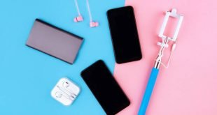 4 Essential Factors to Consider When Buying Phone Accessories Online